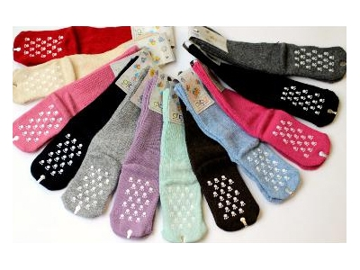 Diba Protiskluzové vlněné dětské ponožky - vel.5 (12-18m)