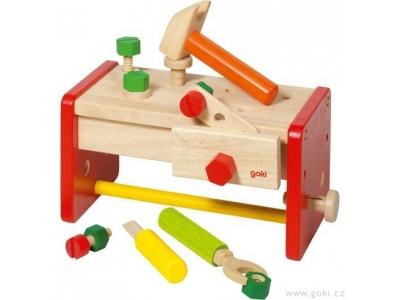 Goki Dřevěný stolek a přenosný box s nářadím v jednom, 16 dílů