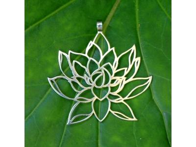 FlowerOfLife9 Přívěsek, nerezová ocel - Rozkvétající lotos, 40 mm